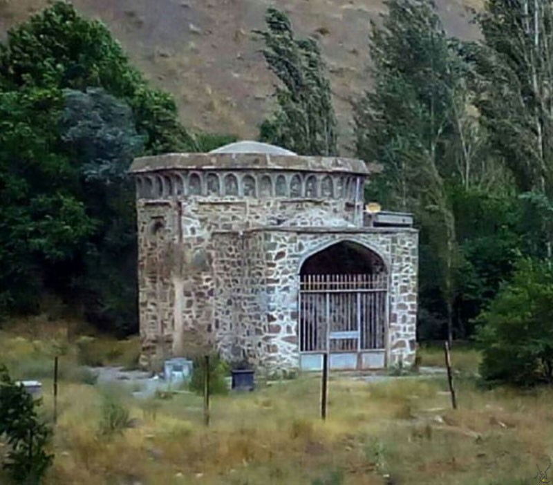 تصویر شماره برج آرامگاهی میدانک یا برج تهمینه